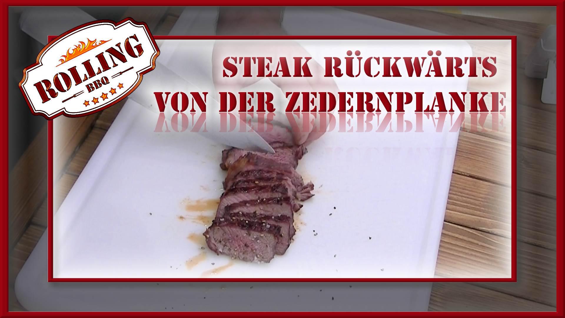 Steak rückwärts von der Zedernplanke